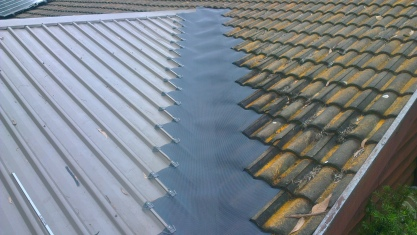 Trim deck to tile valley